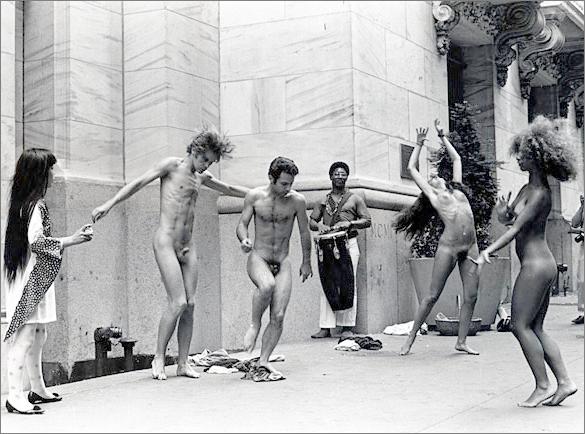 Anatomic Explosion on Wall Street (1968)